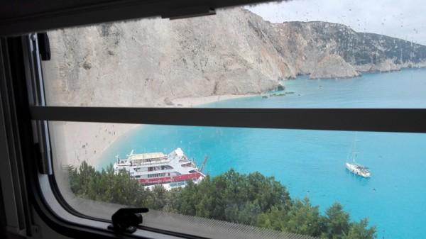 Porto Katsiky z okna karavanu