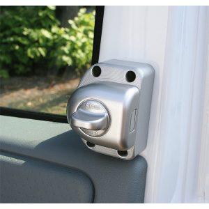 Bezpečnostný zámok pre Fiat Ducato pre karavany.