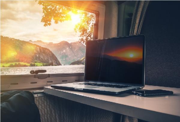 internet v karavane