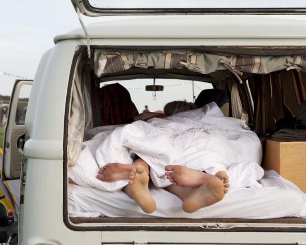 spanok v karavane