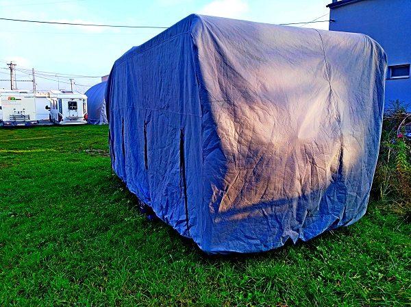 Ochranný kryt karavanu